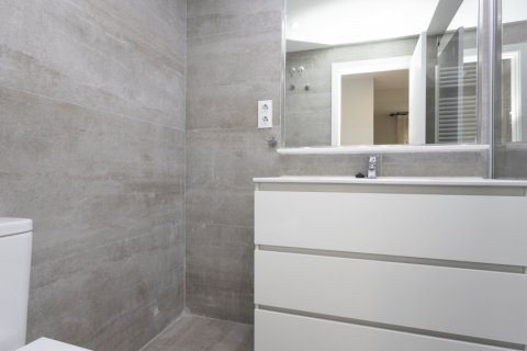 Apartment for sale in Madrid, Spain, 2 bedrooms, 94.00m2, No. 2639 – photo 19