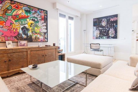 Apartment for sale in Madrid, Spain, 4 bedrooms, 345.00m2, No. 1663 – photo 22