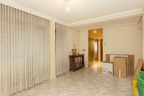 Apartment for sale in Madrid, Spain, 5 bedrooms, 114.00m2, No. 2670 – photo 4