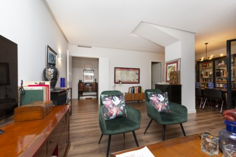 Apartment for sale in Madrid, Spain, 3 bedrooms, 177.00m2, No. 2163 – photo 6