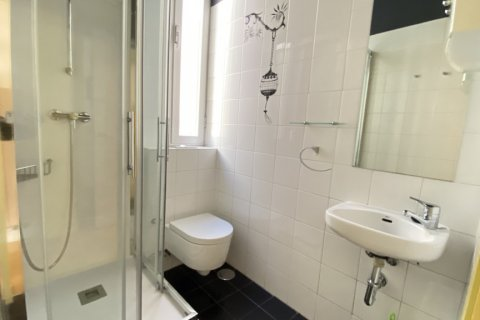 Apartment for rent in Madrid, Spain, 4 bedrooms, 150.00m2, No. 2728 – photo 25
