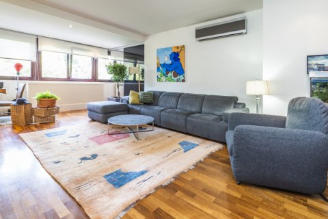 Apartment for sale in Madrid, Spain, 4 bedrooms, 200.00m2, No. 2162 – photo 3