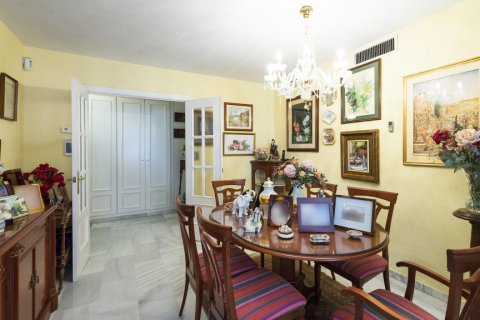Apartment for sale in Malaga, Spain, 3 bedrooms, 142.00m2, No. 2263 – photo 2