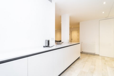 Apartment for rent in Madrid, Spain, 2 bedrooms, 150.00m2, No. 2395 – photo 11