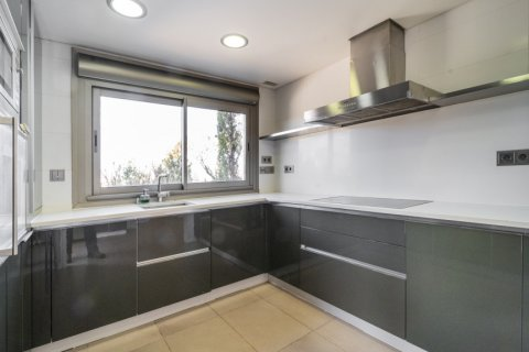 Penthouse for sale in Madrid, Spain, 3 bedrooms, 239.00m2, No. 1699 – photo 8
