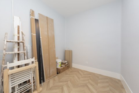 Apartment for sale in Madrid, Spain, 3 bedrooms, 69.00m2, No. 2315 – photo 28
