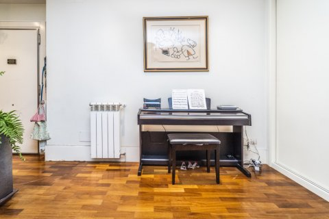 Apartment for sale in Madrid, Spain, 4 bedrooms, 200.00m2, No. 2162 – photo 8