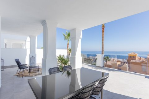 Apartment for sale in Manilva, Malaga, Spain, 3 bedrooms, 125.21m2, No. 2441 – photo 2