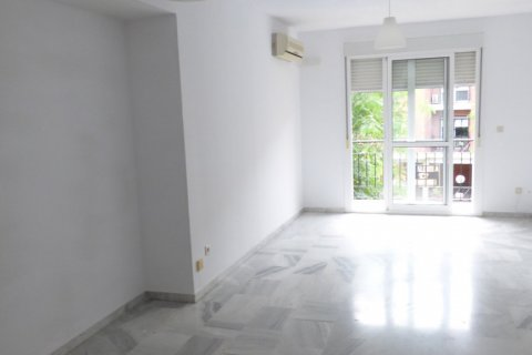 Apartment for sale in Sevilla, Seville, Spain, 3 bedrooms, 109.00m2, No. 2296 – photo 4