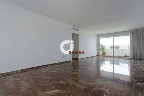 Penthouse for sale in Marbella, Malaga, Spain, 3 bedrooms, 160.67m2, No. 1517 – photo 16