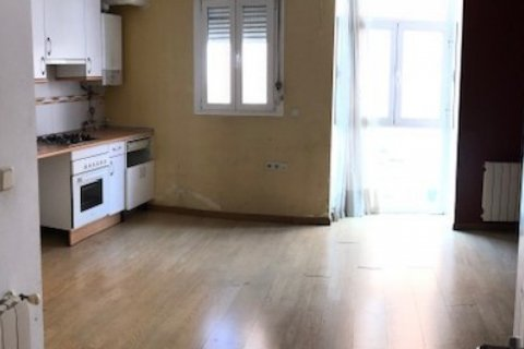 Apartment for sale in Madrid, Spain, 2 bedrooms, 80.00m2, No. 1955 – photo 2