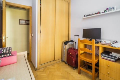 Apartment for sale in Madrid, Spain, 3 bedrooms, 102.43m2, No. 2471 – photo 22