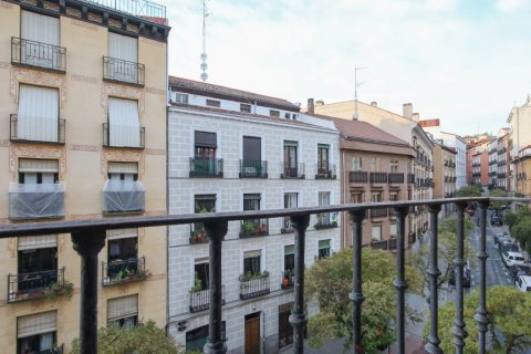 Apartment for sale in Madrid, Spain, 3 bedrooms, 111.00m2, No. 2183 – photo 16