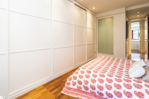 Apartment for sale in Madrid, Spain, 4 bedrooms, 200.00m2, No. 2162 – photo 15