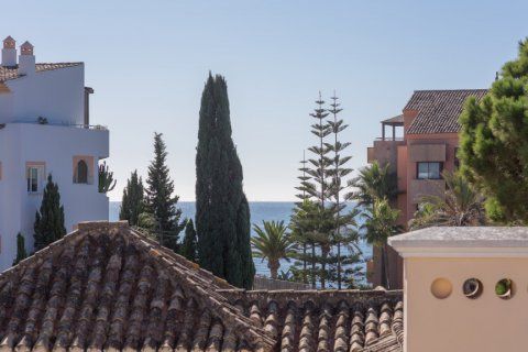 Penthouse for rent in Puerto Banus, Malaga, Spain, 4 bedrooms, 695.00m2, No. 1949 – photo 17