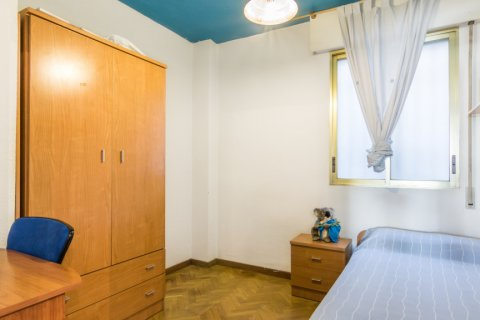 Apartment for sale in Madrid, Spain, 2 bedrooms, 60.00m2, No. 2374 – photo 20
