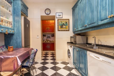 Apartment for sale in Madrid, Spain, 3 bedrooms, 166.00m2, No. 2286 – photo 8