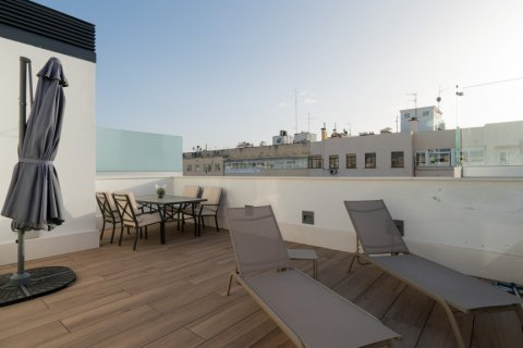 Duplex for sale in Madrid, Spain, 2 bedrooms, 141.01m2, No. 2023 – photo 4
