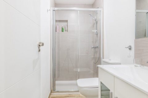 Apartment for sale in Madrid, Spain, 2 bedrooms, 183.00m2, No. 2417 – photo 18