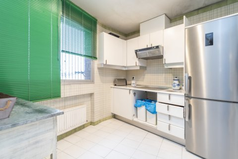 Apartment for sale in Madrid, Spain, 4 bedrooms, 189.00m2, No. 2370 – photo 10