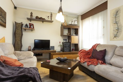 Apartment for sale in Madrid, Spain, 3 bedrooms, 134.00m2, No. 2622 – photo 3