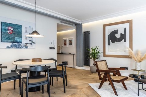 Apartment for sale in Madrid, Spain, 3 bedrooms, 140.00m2, No. 2095 – photo 10