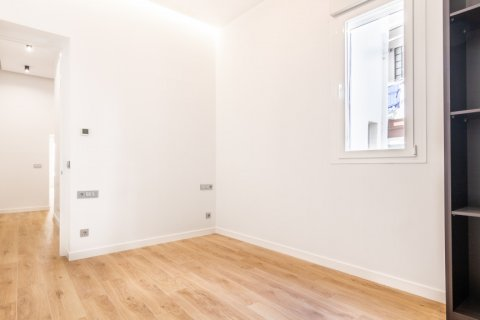 Apartment for sale in Madrid, Spain, 3 bedrooms, 139.00m2, No. 2700 – photo 23