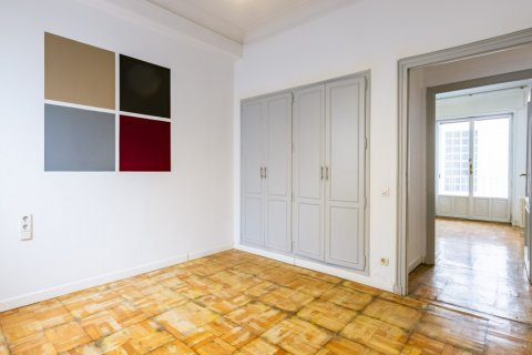 Apartment for sale in Madrid, Spain, 6 bedrooms, 500.00m2, No. 2408 – photo 24