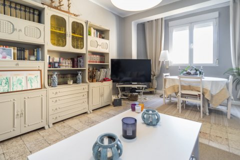 Apartment for sale in Madrid, Spain, 4 bedrooms, 135.00m2, No. 2427 – photo 6