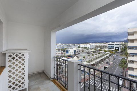 Penthouse for sale in Marbella, Malaga, Spain, 2 bedrooms, 135.73m2, No. 2019 – photo 15