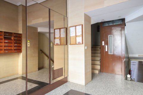 Apartment for sale in Madrid, Spain, 1 bedroom, 47.00m2, No. 2529 – photo 26