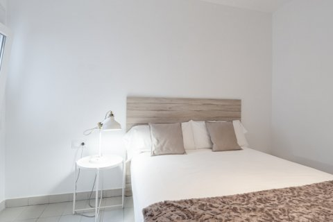 Apartment for sale in Malaga, Spain, 4 bedrooms, 113.00m2, No. 2321 – photo 13