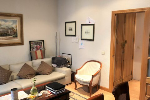 Apartment for rent in Espana, Madrid, Spain, 3 bedrooms, 180.00m2, No. 1639 – photo 2