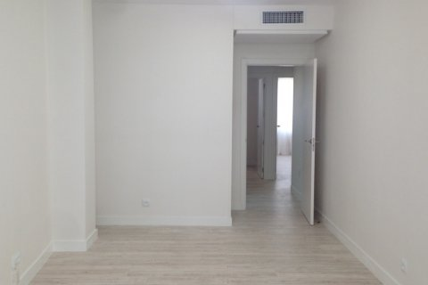 Apartment for rent in Madrid, Spain, 2 bedrooms, 80.00m2, No. 1662 – photo 2