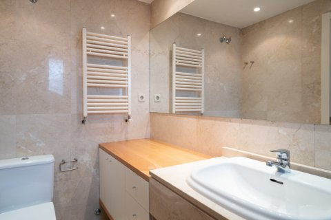 Penthouse for sale in Madrid, Spain, 3 bedrooms, 126.00m2, No. 2556 – photo 26