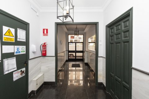 Apartment for sale in Madrid, Spain, 2 bedrooms, 46.00m2, No. 2423 – photo 27