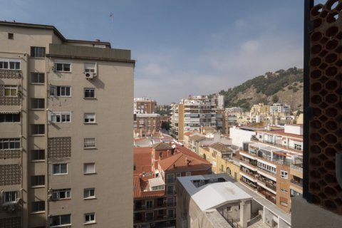 Apartment for sale in Malaga, Spain, 4 bedrooms, 136.00m2, No. 2619 – photo 28