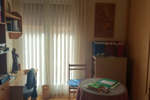 Apartment for rent in Madrid, Spain, 12 bedrooms, 400.00m2, No. 2350 – photo 13