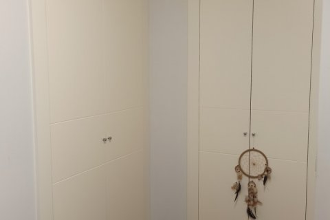 Apartment for rent in Madrid, Spain, 4 bedrooms, 185.00m2, No. 2456 – photo 28