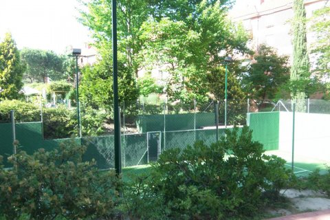 Apartment for rent in Madrid, Spain, 4 bedrooms, 200.00m2, No. 1545 – photo 7