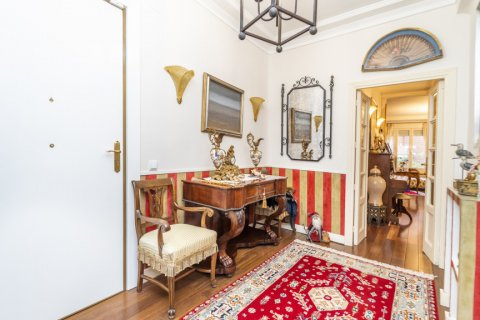 Apartment for sale in Madrid, Spain, 3 bedrooms, 166.00m2, No. 2286 – photo 21