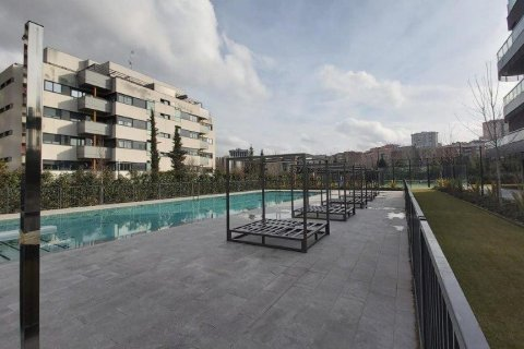 Apartment for rent in Madrid, Spain, 2 bedrooms, 93.00m2, No. 2607 – photo 3