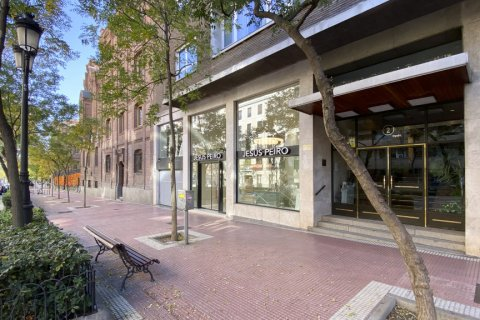 Apartment for sale in Madrid, Spain, 4 bedrooms, 213.00m2, No. 2415 – photo 8