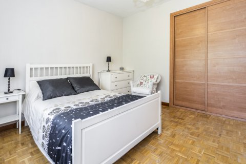 Apartment for sale in Madrid, Spain, 5 bedrooms, 232.00m2, No. 2190 – photo 16