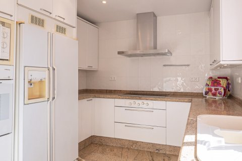 Apartment for sale in Malaga, Spain, 3 bedrooms, 229.00m2, No. 2351 – photo 12