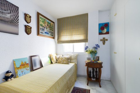 Apartment for sale in Malaga, Spain, 3 bedrooms, 142.00m2, No. 2263 – photo 17