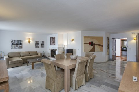 Penthouse for sale in Marbella, Malaga, Spain, 2 bedrooms, 143.88m2, No. 2290 – photo 4