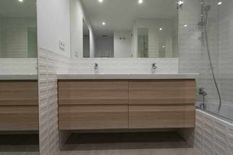 Apartment for sale in Madrid, Spain, 3 bedrooms, 136.00m2, No. 2007 – photo 25