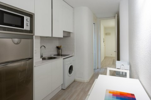 Apartment for sale in Madrid, Spain, 1 bedroom, 47.00m2, No. 2337 – photo 5
