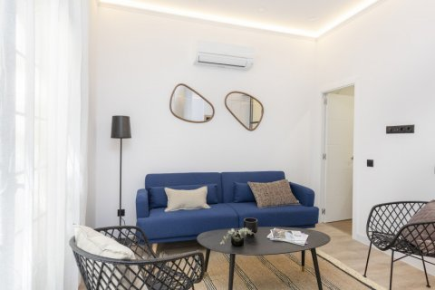 Apartment for sale in Madrid, Spain, 1 bedroom, 50.00m2, No. 2723 – photo 1